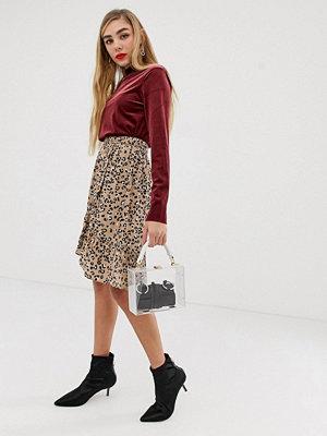 mbyM Klockad kjol i leopardmönster Cleo print