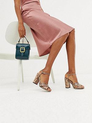 Miss Selfridge Ormskinnsmönstrade skor med blockklack Orm