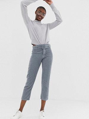 ASOS DESIGN Florence Authentic Jeans i grov manchester med raka ben och spänne Ljusblå