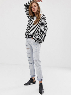 One Teaspoon Awesome Baggies Boyfriendjeans med slitna detaljer Hamptons