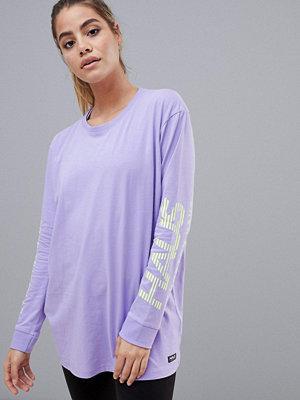 T-shirts - Haus by Hoxton Haus Lila t-shirt i skatermodell med huva Lilac/yellow