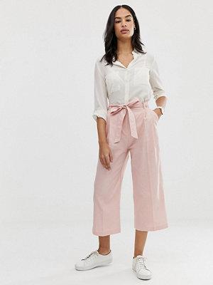 ASOS DESIGN Culotte-byxor i linnetyg med knytning i midjan Persikorosa