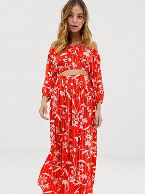 ASOS Petite Flamencoinspirerad maxikjol i chiffong med blommigt/randigt mönster och slits