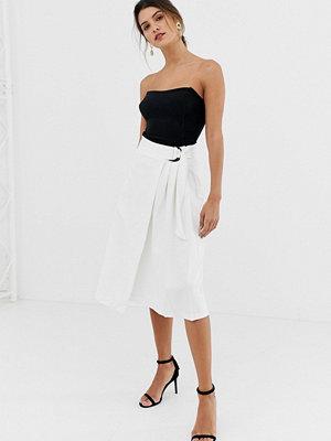 Closet London Closet A-linjeformad kjol med knytmidja med D-ring