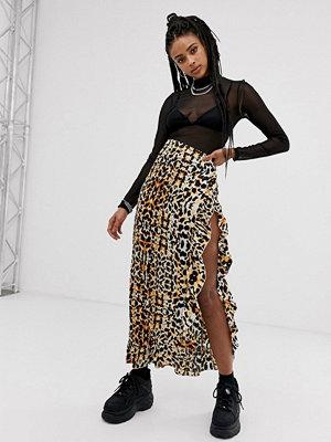 Sacred Hawk Leopardmönstrad maxiklänning i satin med lårslits Leopard