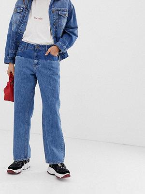 Iden Denim Virginia Jeans i boyfriend-modell med skuggdetalj i ekologisk