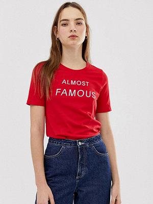 Minimum T-shirt med slogan Äkta röd