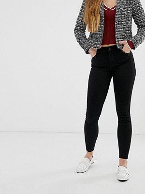 Bershka Svarta push up-jeans