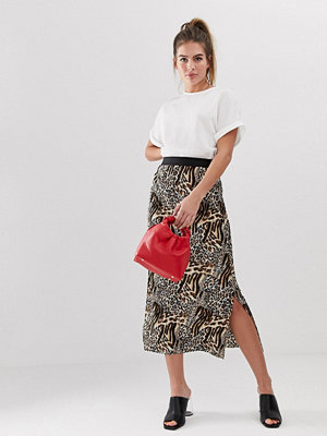 New Look Leopardmönstrad midikjol med rynkning Brunt mönster