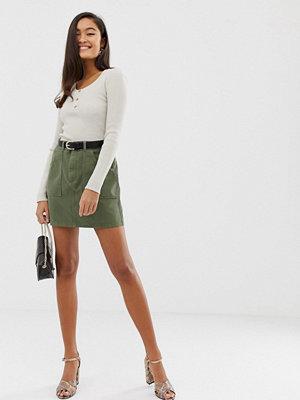 Miss Selfridge Khakifärgad minikjol i arbetarstil med fickor
