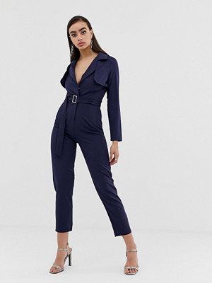 Missguided Marinblå jumpsuit med skärp Marinblå