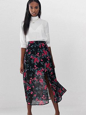 Fashion Union Tall Blommig midikjol med slits i dobbytyg Black dobby floral