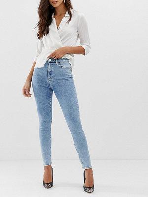 ASOS DESIGN Ridley Stentvättade skinny jeans i 80-talsstil med hög midja