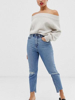 ASOS Petite Farleigh Ljusblå vintagetvättade slim mom jeans med hög midja och revor på knäna Ljus vintagetvätt