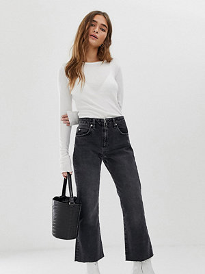 ASOS Petite Egerton Svarta ankellånga flare jeans utan stretch med dragkedjedetalj Tvättad svart
