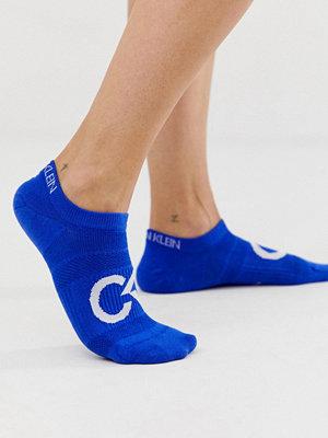 Calvin Klein Performance Kobalt skor med coolamax logga Kobaltblå
