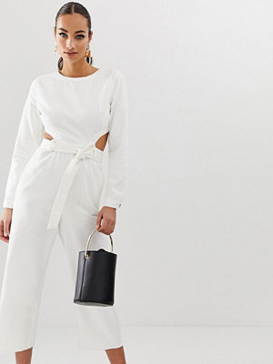 Missguided Vit jumpsuit i denim med utskurna detaljer
