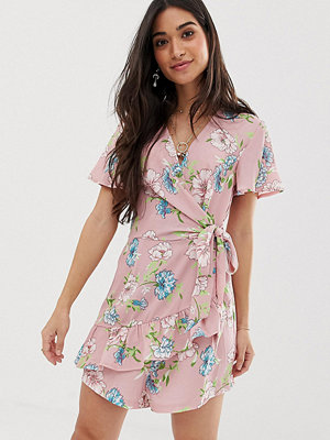 Sisters of the Tribe Blommig playsuit med omlott Rosa blommigt