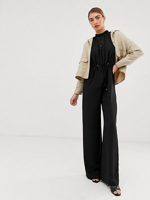 Jumpsuits & playsuits - Mango Svart jumpsuit med dragsko