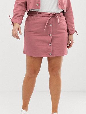 Urban Bliss Plus A-linjeformad minikjol i denim med knytning i midjan Urtvättad rosa