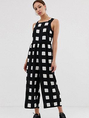 Asos Tall Monokromt rutig jumpsuit i minimalistisk design med rynkad midja Enfärgat rutmönster