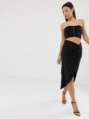 Club L London Club L Svart kjol med rysch och knut framtill