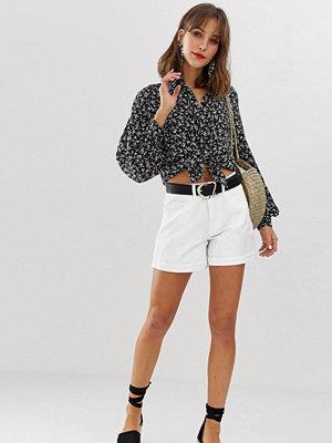 Vero Moda Vita mom shorts med hög midja