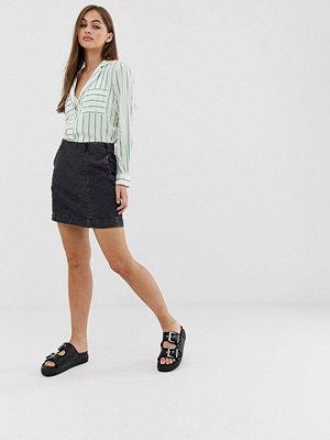 Noisy May Minikjol i denim Svart jeans-tyg