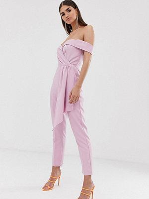 Lavish Alice Rosa figursydd jumpsuit i bardotmodell med skärp
