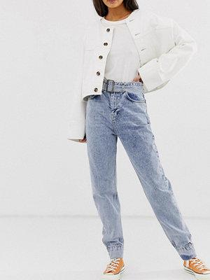 ASOS DESIGN Ritson Höga ljusblå mom jeans med vintagetvätt