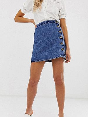 Asos Tall Blå jeanskjol med omlott och knappar i sidan