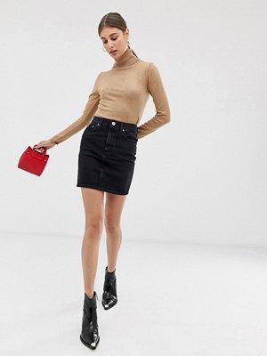 ASOS DESIGN Svart kjol i återvunnen denim med hög midja Tvättad svart