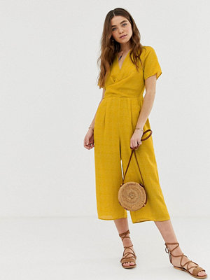 Gilli Prickig jumpsuit i culotte-modell Mustard senapsgul
