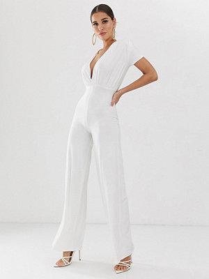 Koco & K Mjuk vit jumpsuit med rynkning och vida ben