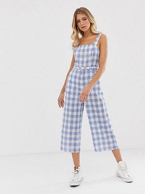 Nobody's Child Ginghammönstrad jumpsuit med smala axelband Blå gingham