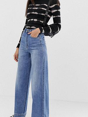Stradivarius STR Blå jeans med vida ben