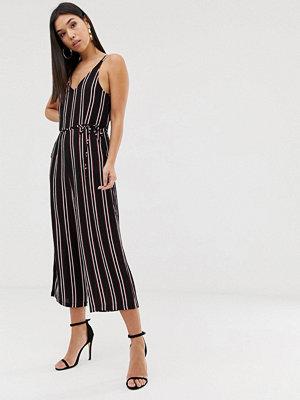 Ax Paris Randig jumpsuit i culotte-modell