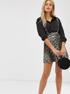 Asos Tall Leopardmönstrad förklädeskjol i minilängd med knappar framtill Leopardtryck