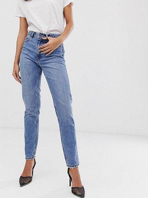 Vero Moda Stentvättade mom jeans med hög midja Mellanblå denim