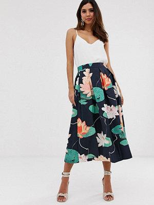 Closet London Closet Blommig veckad kjol
