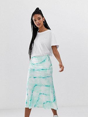 Bershka Blå batikfärgad kjol i satin