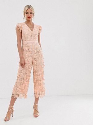 Miss Selfridge Rosa jumpsuit i spets