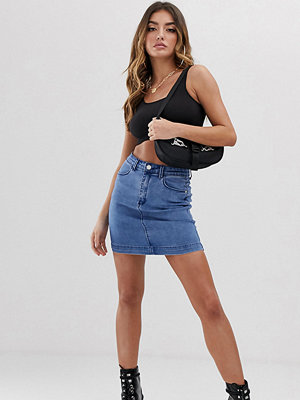 Kjolar - Missguided Minikjol i denim med superstretch