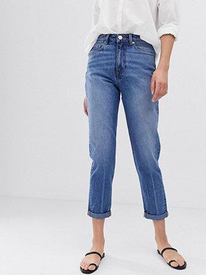 ASOS DESIGN Recycled Ritson Mellanblå mom jeans i vintagetvätt Mellanblå