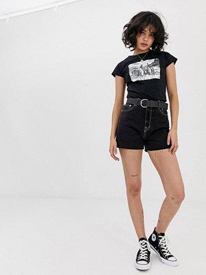 Pull&Bear Svarta shorts i mom-modell