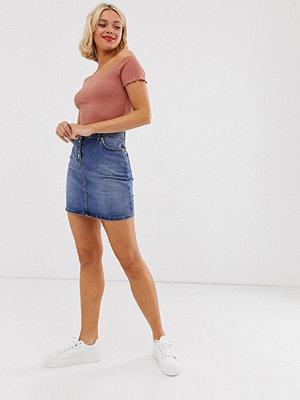 Oasis Mellanblå minikjol i denim
