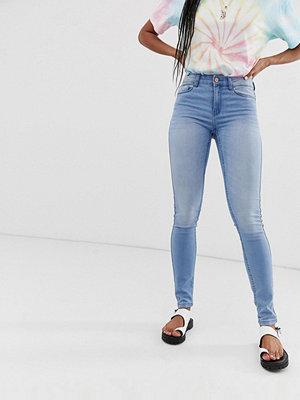 Noisy May Skinny jeans Ljusblå
