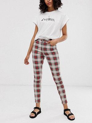 Cheap Monday Rutiga jeans i ekologisk bomull med hög midja och extra smal passform Relax check