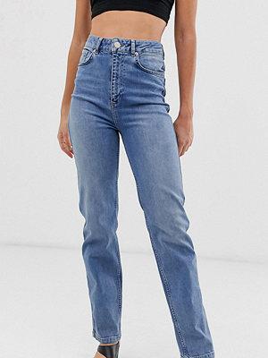 Asos Tall Farleigh Blå stentvättade jeans med raka ben och hög midja Blå stentvätt