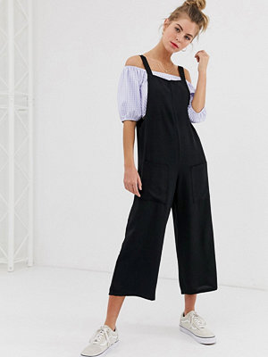Jumpsuits & playsuits - New Look Svart jumpsuit med fickdetalj